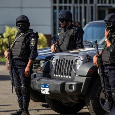 مذبحة مروعة.. مقتل أسرة بالكامل شنقاً وتسميماً في مصر