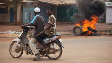 الجيش يدخل عاصمة بوركينا فاسو للتفاوض مع الانقلابيين