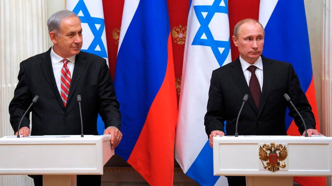 Russian President Vladimir Putin, right, and Israeli Prime Minister Benjamin Netanyahu take part in a joint news conference in the Kremlin in Moscow, Wednesday, Nov. 20, 2013. (AP)