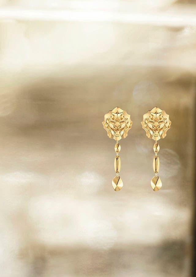 Lion Pépite earrings YG