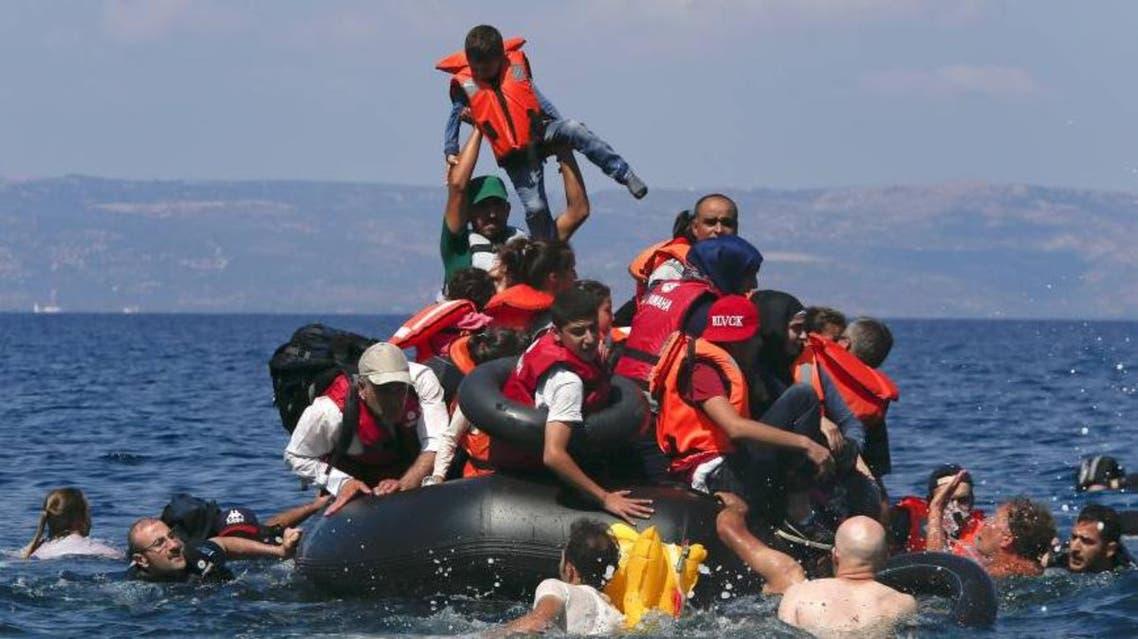 لاجئون لجوء