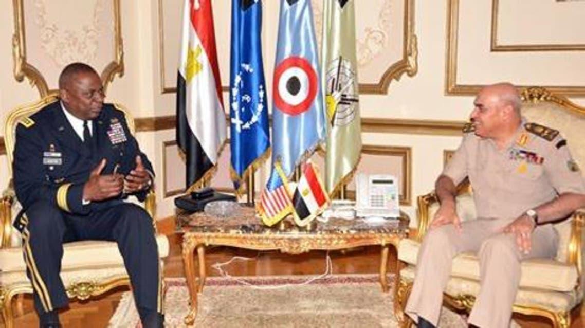 صدقى صبحي وزير الدفاع المصري و قائد القيادة المركزية الأميركية الفريق أول لويد أوستن