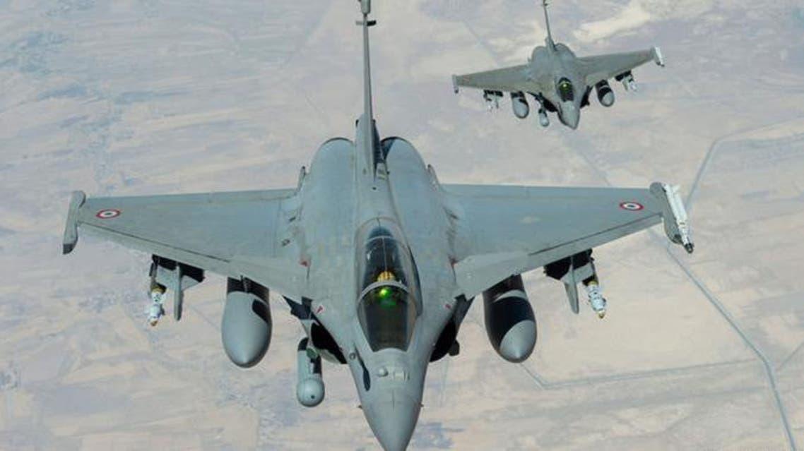 فرنسا تقصف مواقع داعش في سوريا