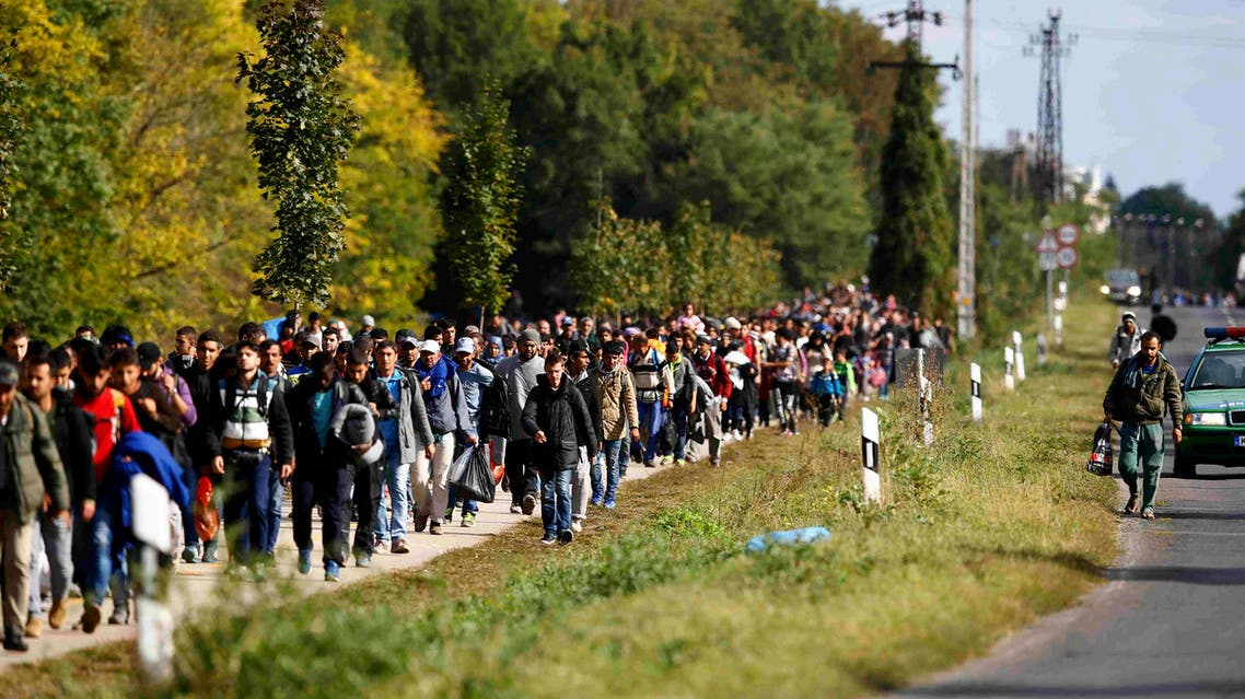 'Who will pay for that?' - Migrants clog east Europe trade routes