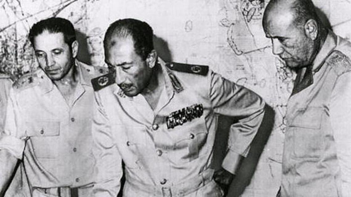 السادات داخل غرفة العمليات بحرب 6 أكتوبر