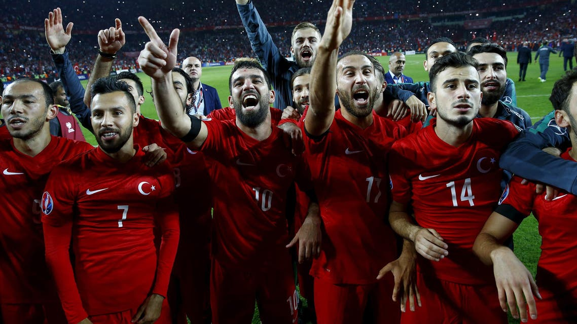Turkey's players celebrate after their Euro 2016 Group A qualification soccer match against Iceland in Konya reuters