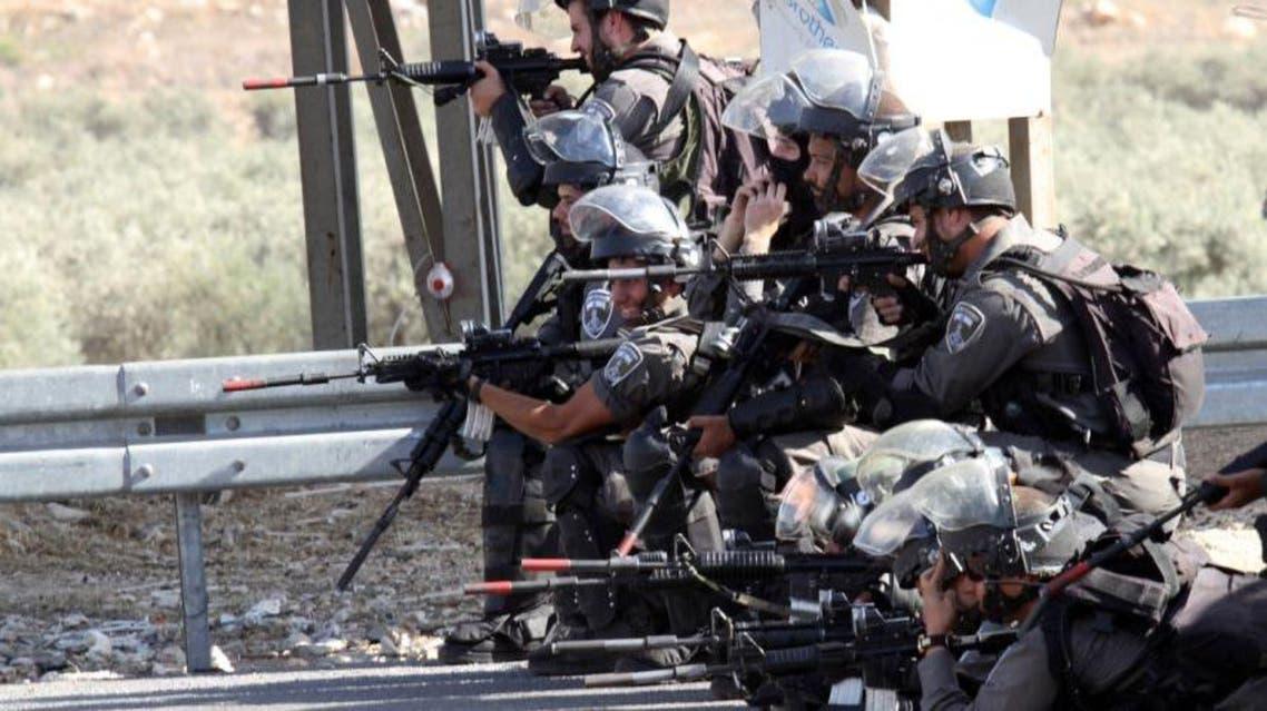 الجيش الاسرائيلي يطلق النار على متظاهرين فلسطينيين في القدس