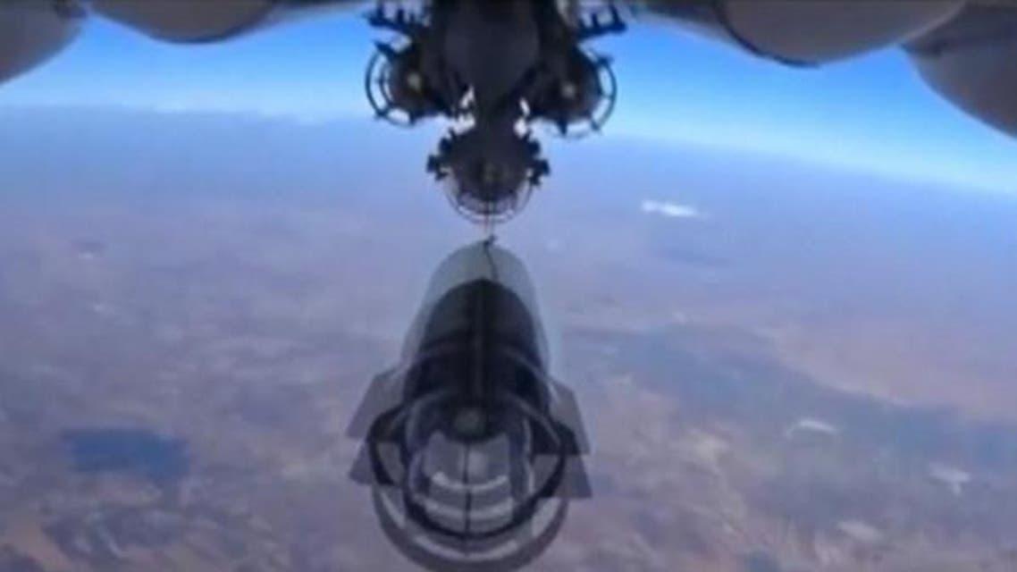 طائرة روسيا تطلق صاروخا على سوريا