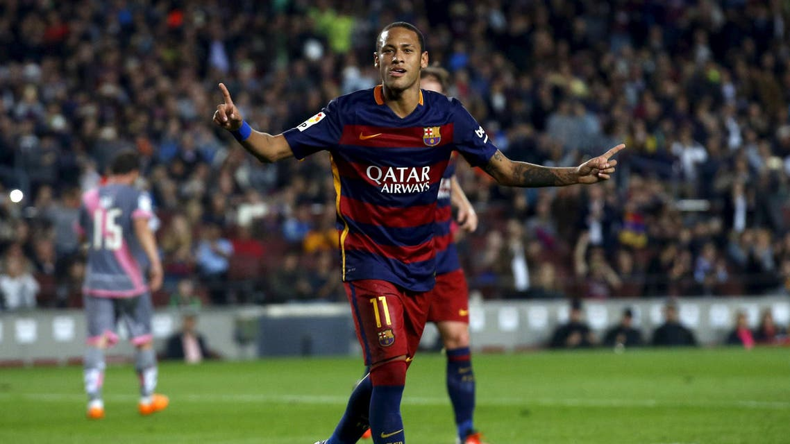 Barcelona's Neymar celebrates a goal against Rayo Vallecano during their Spanish first division soccer match at Camp Nou stadium in Barcelona, Spain, October 17, 2015. REUTERS/Albert Gea