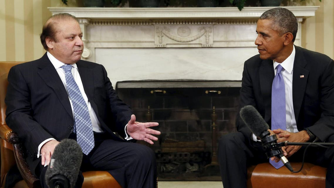 U.S. President Barack Obama meets Pakistan's Prime Minister Nawaz Sharif in the Oval Office of the White House in Washington October 22, 2015. REUTERS