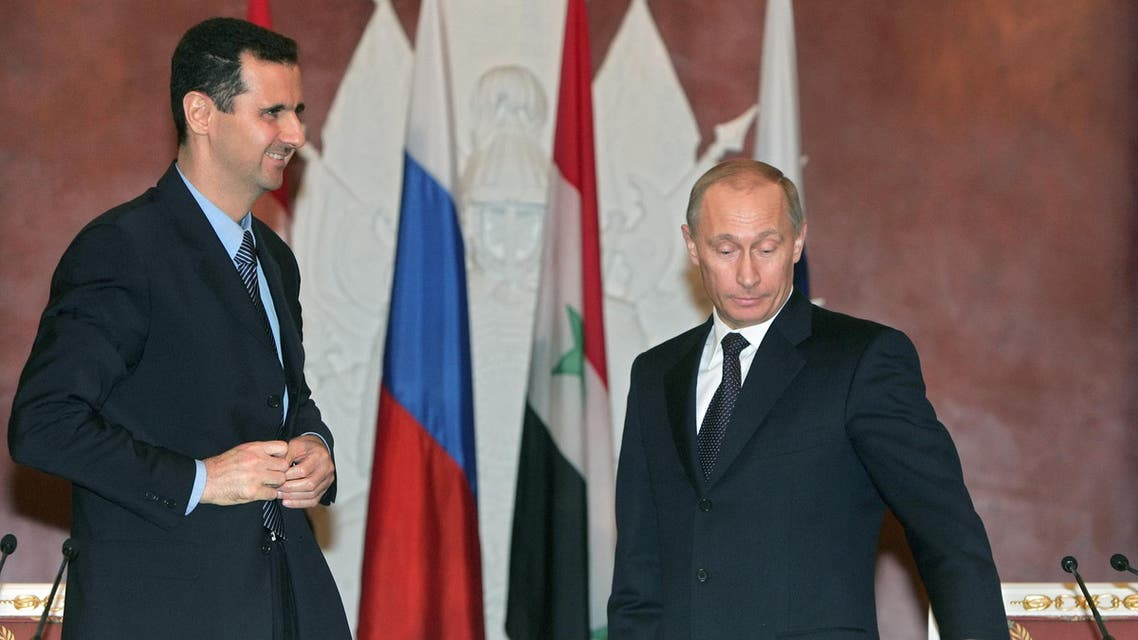 Syrian President al-Assad and Russian President Putin prepare to make a statement after the signing ceremony in the Kremlin. Syrian President Bashar al-Assad (L) and Russian President Vladimir Putin prepare to make a statement after the signing ceremony in Moscow's Kremlin, January 25, 2005. (Reuters)