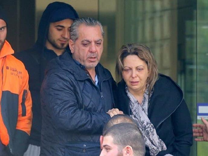 وحين تعرف والداه على جثته، خرجا من المشرحة مباشرة إلى لقاء صحافي توسلا فيه بأن تعتقل الشرطة قاتليه