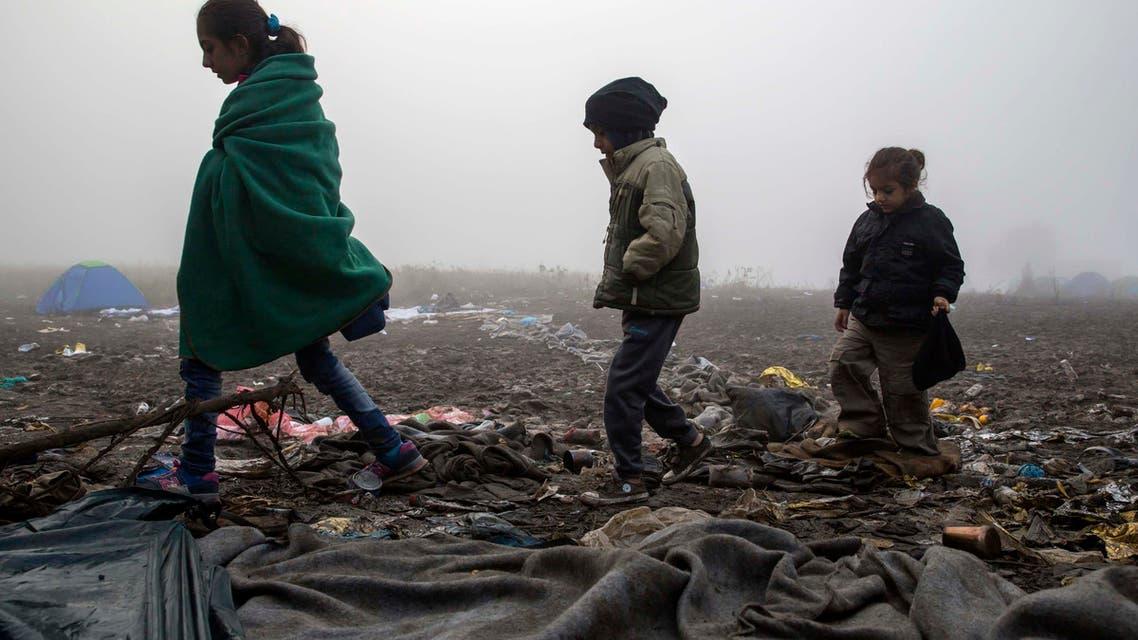 Migrants in the fog