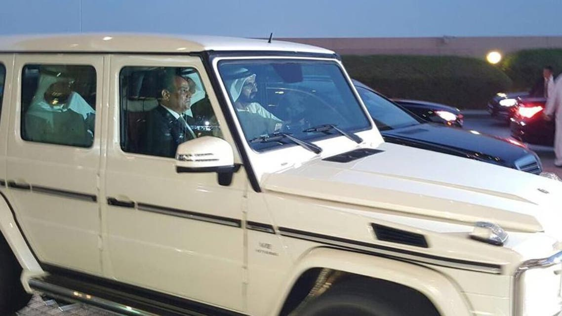 دبي.. محمد بن راشد يتجول بسيارته الخاصة مع السيسي