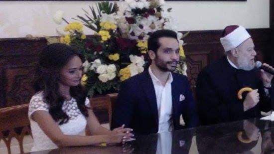 المفتي علي جمعة مع العروسين