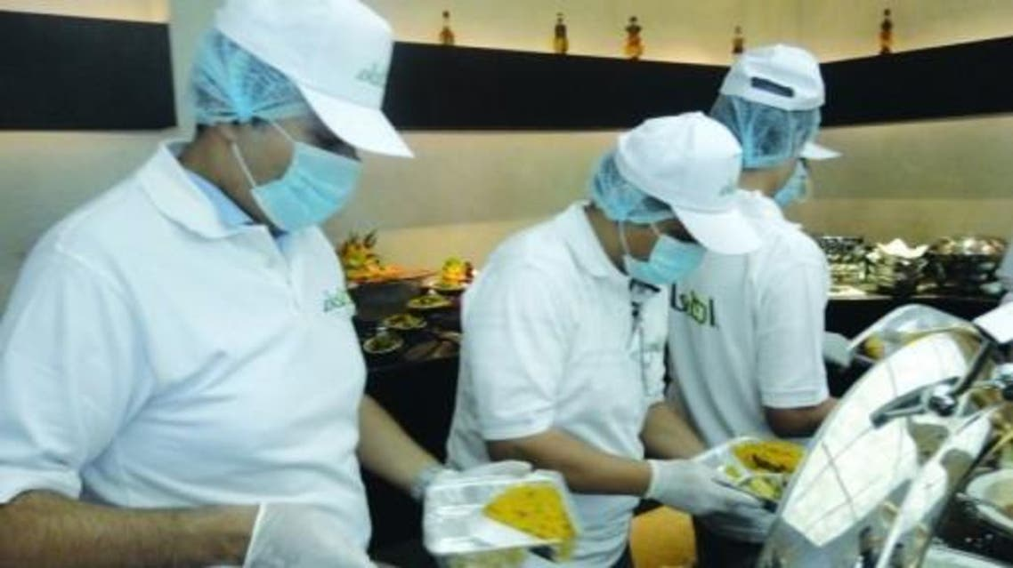 """""""إطعام""""-توزع-500-وجبة-يومياً-على-الأسر-المستفيدة"""