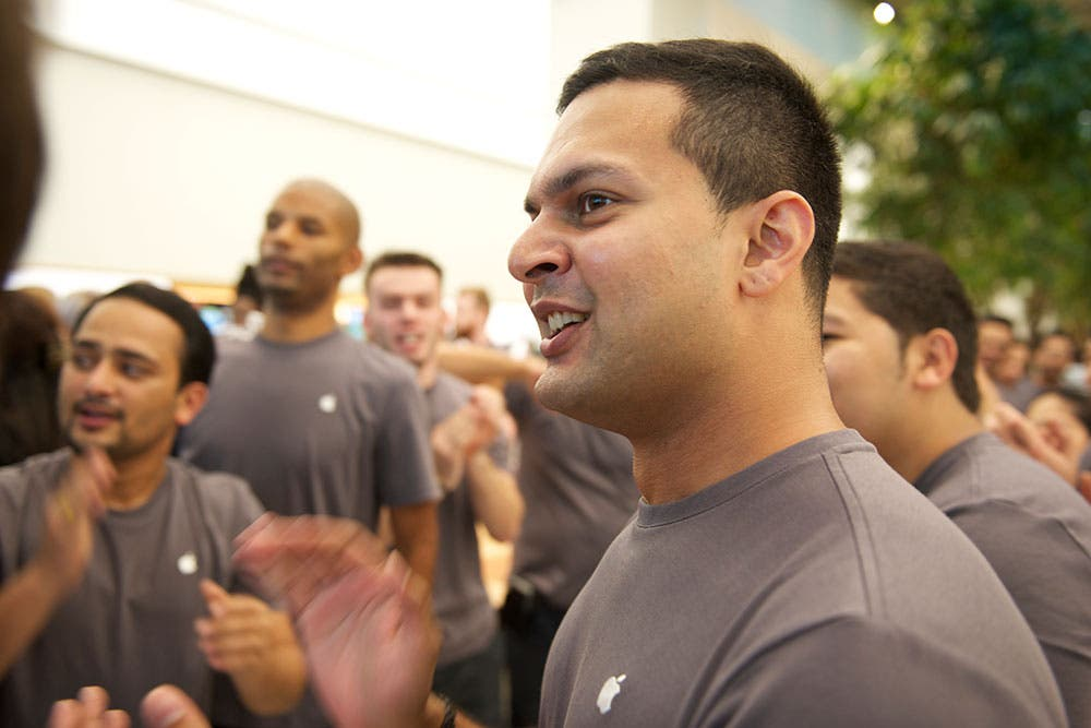 Staff welcoming customers at the Dubai Apple Store opening (Photo: Peter Harrison)