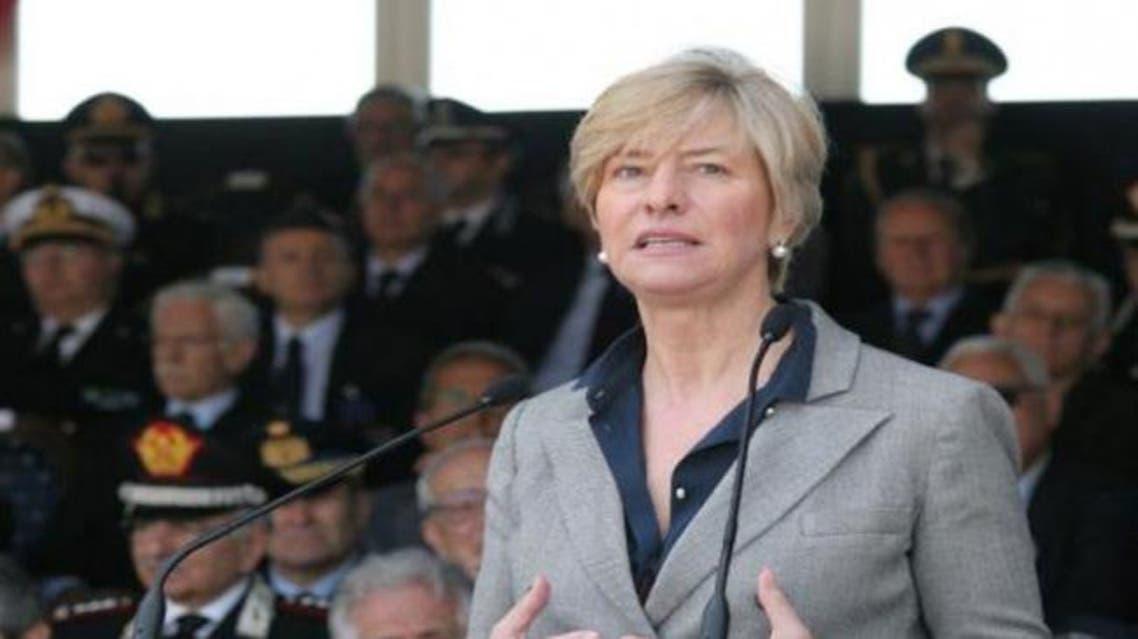 وزيرة الدفاع الإيطالية روبيرتا بينوتي