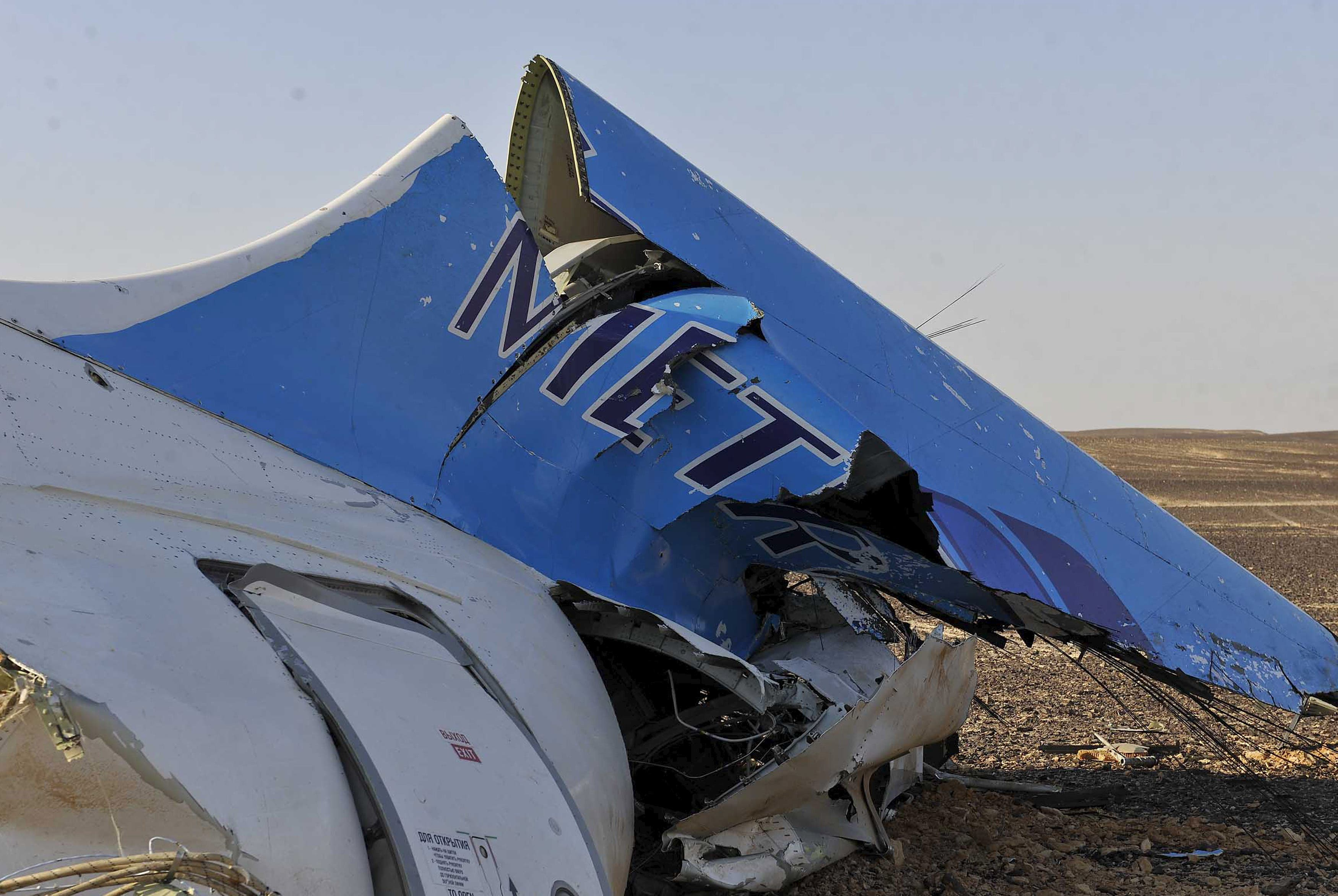 Russian plane crashes in Egypt