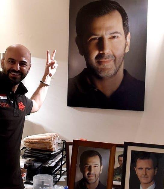 مصوّر الأسدين الذي التقط الصورة  وروجها الشارع الموالي