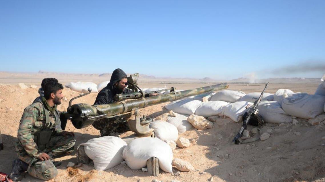 جيش النظام السوري يقصف داعش في محيط تدمر سوريا