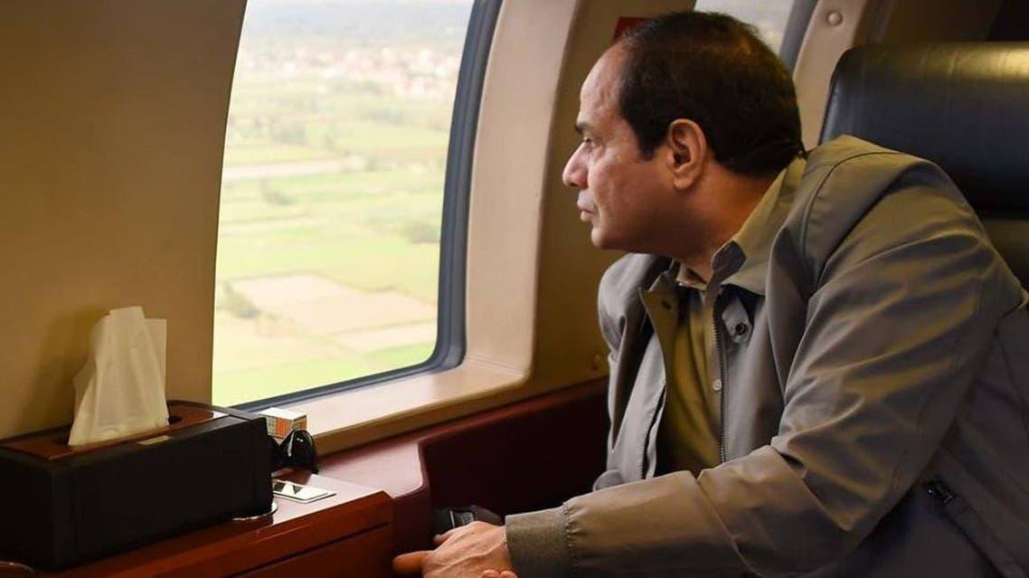 السيسي يتفقد  الإسكندرية  من الطائرة 3