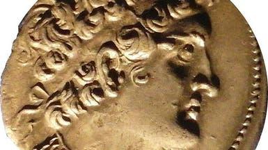 مصر.. لصوص آثار يكتشفون مقصورة تعود لما قبل الميلاد
