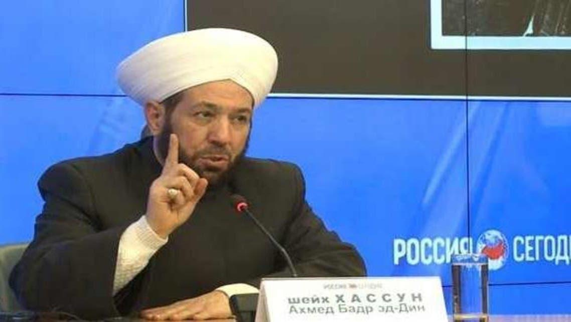 مفتي سوريا في مؤتمره الصحافي الذي عقده في موسكو منذ أيام