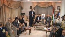 بالصور.. حماس تسلم منزل ياسر عرفات إلى فتح