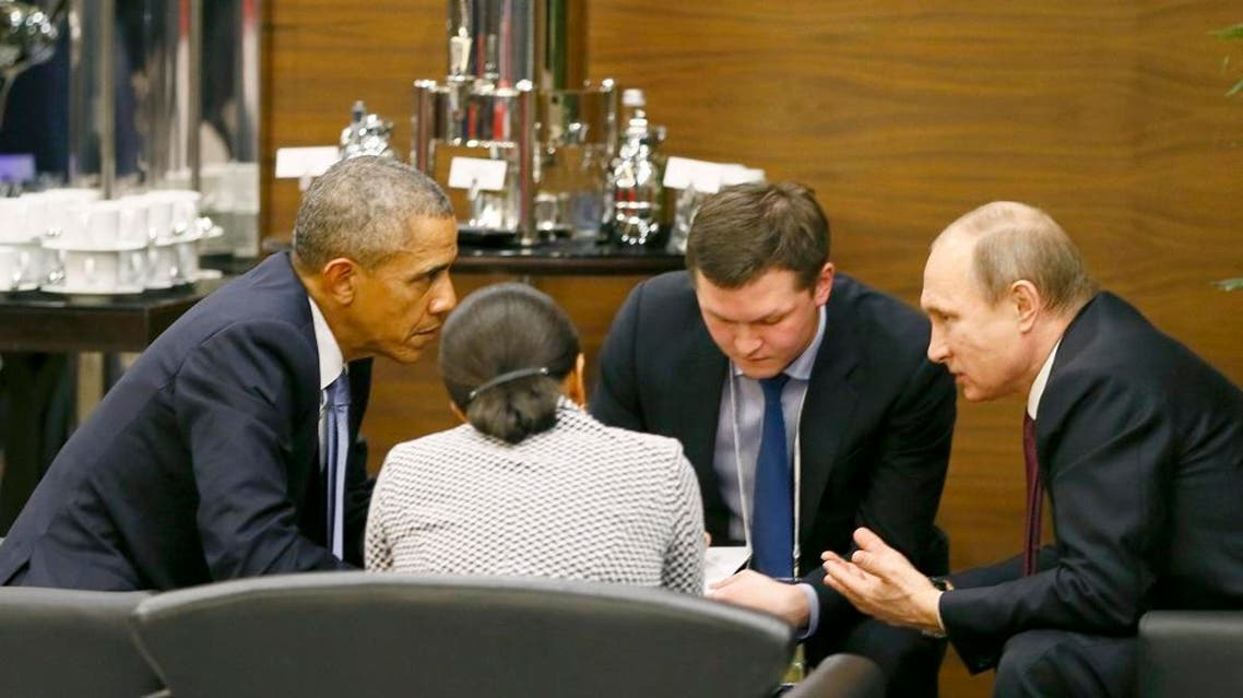 U.S. President Barack Obama (L) talks with Russian President Vladimir Putin (R) and U.S. security advisor Susan Rice (2nd L) prior to the opening session of the Group of 20 (G20) Leaders' summit in Antalya, Turkey Nov. 15, 2015. (Reuters)