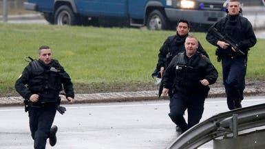 إخلاء أكبر مركز تجاري في باريس.. وشكوك حول مسلح