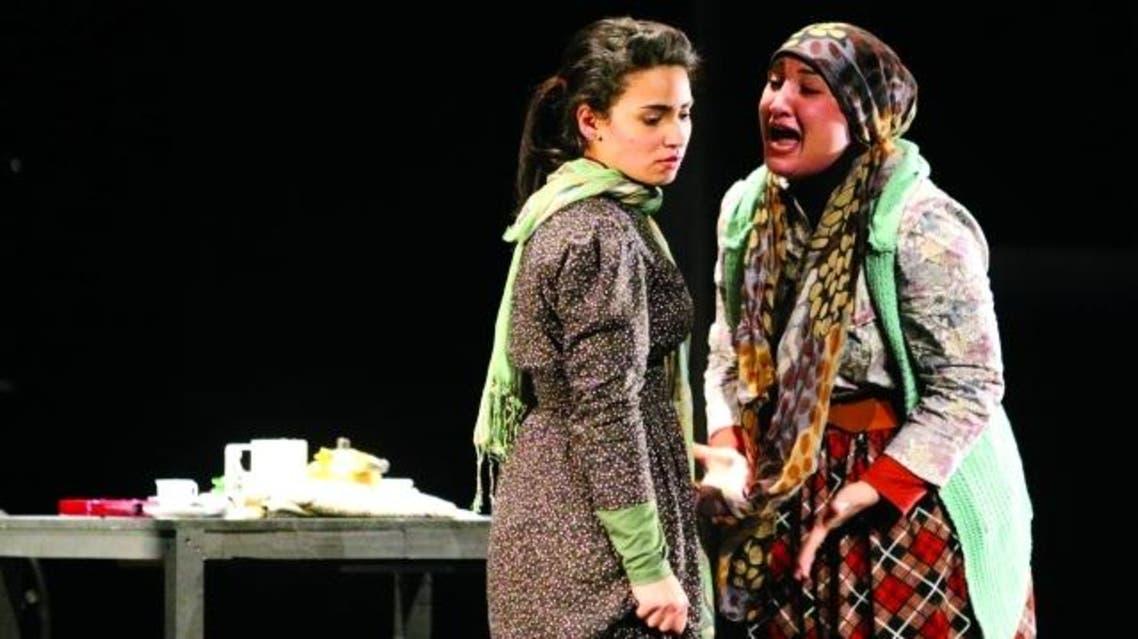 مسرحية حصاد الصمت من عروض مهرجان الشارقة للمسرح الخليجي
