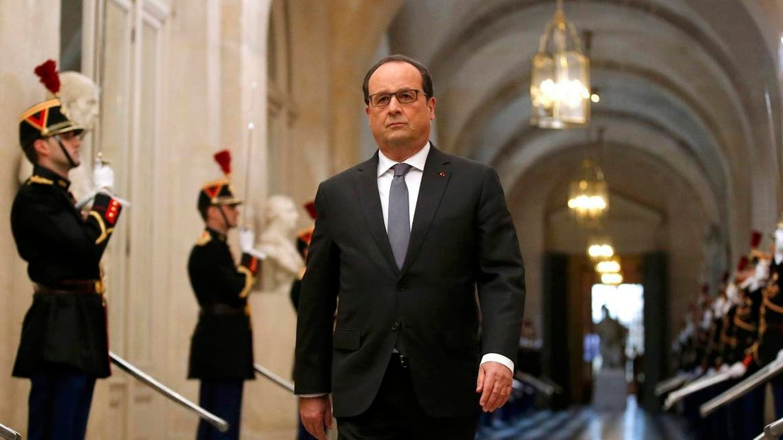 French President Francois Hollande arrives to deliver a speech at a special congress of the joint upper and lower houses of parliament (National Assembly and Senate) at the Palace of Versailles, near Paris, France, November 16, 2015. (Reuters)