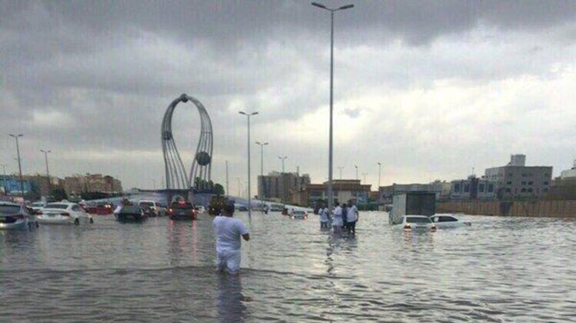Images being shared on social media showed al-Falak roundabout, one of many Jeddah's traffic land marks, being flooded. (via Twitter)