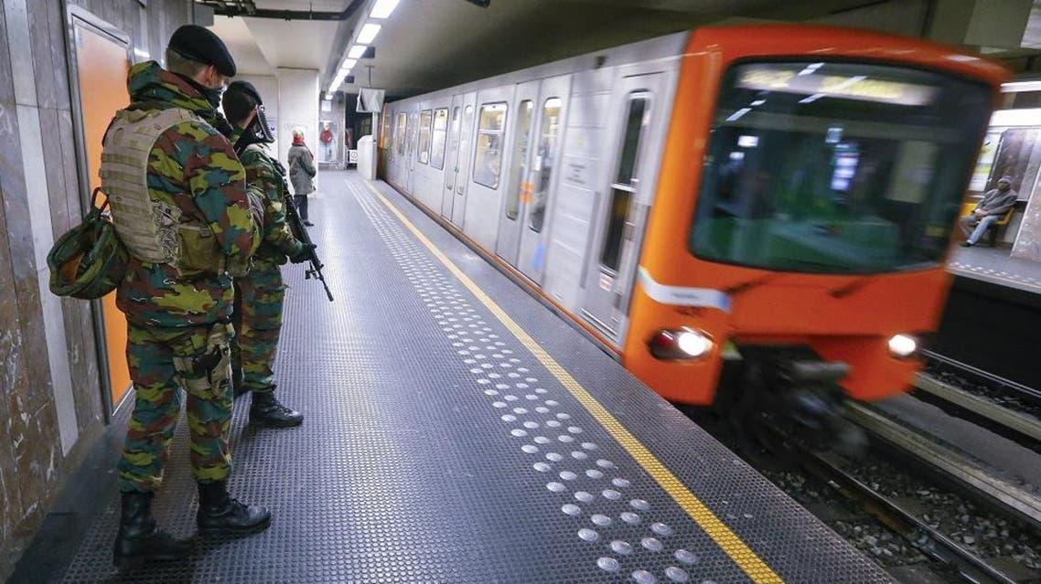 Belgian soldiers patrol in a subway station in Brussels, Belgium, November 25, 2015. (Reuters)