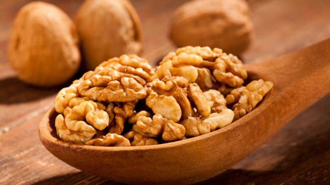 walnuts الجوز عين الجمل