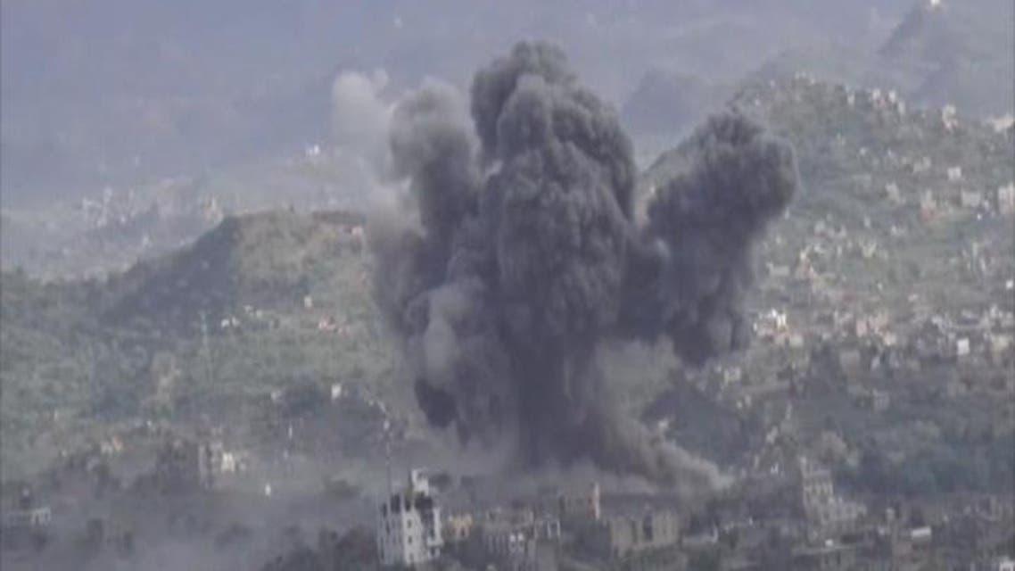 THUMBNAIL_ طائرات التحالف تدمر ناقلة صواريخ سكود داخل اليمن