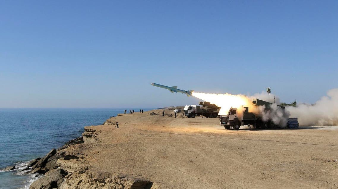 A Ghader missile is launched from the area near the Iranian port of Jask port on the shore of the Gulf of Oman during an Iranian navy drill, Tuesday, Jan. 1, 2013. (File photo: AP)
