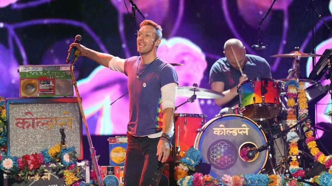 Chris Martin of Coldplay performs at the American Music Awards at the Microsoft Theater on Sunday, Nov. 22, 2015, in Los Angeles | AP