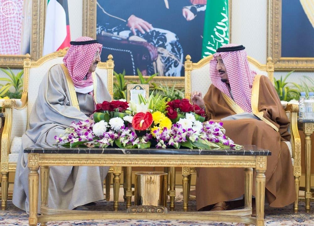 Saudi King Salman bin Abdulaziz meets with Kuwait's Emir Sheikh Sabah al-Ahmad al-Sabah (SPA)