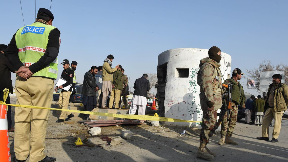 انفجار باكستان حاجز تفتيش للقوات شبه العسكرية