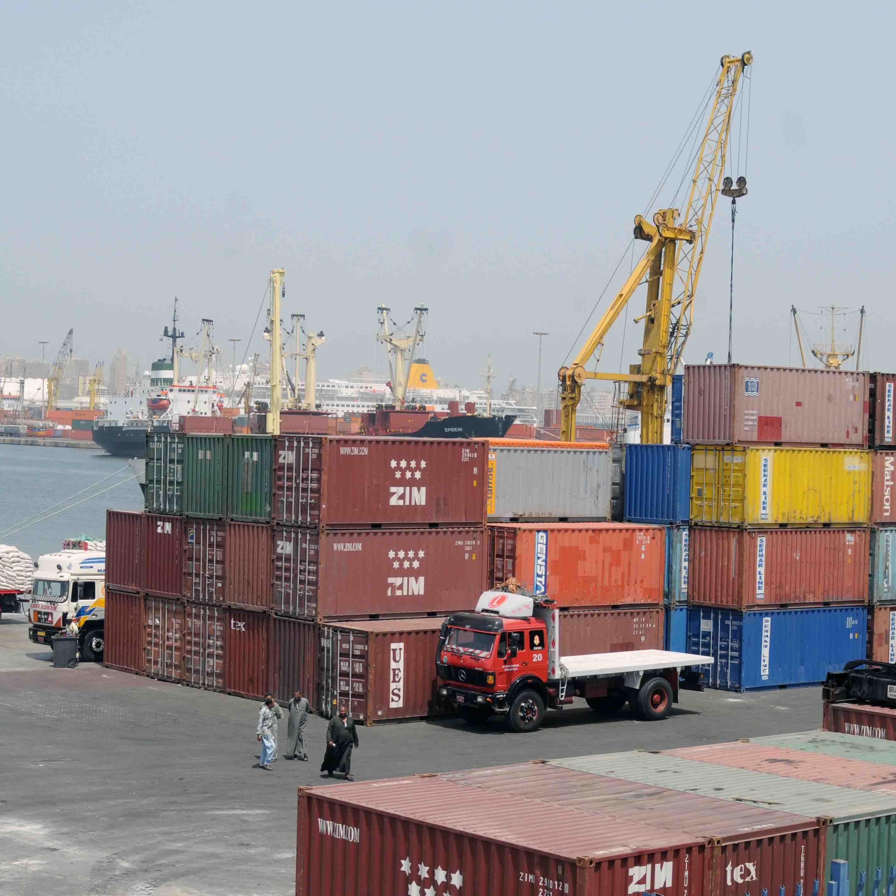 مصر لن تسمح بدخول بضائع لا تخضع للمعايير الأوروبية بحلول مارس
