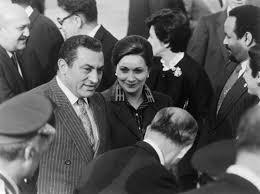 وفي الايام  الاولى لحكم مبارك