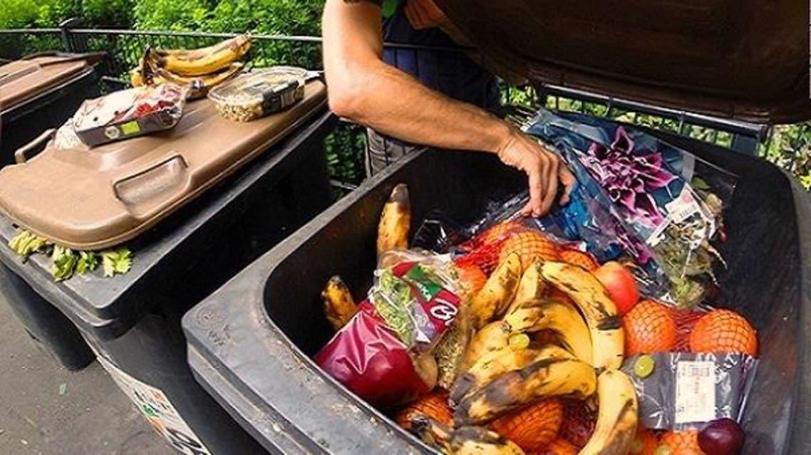مستوعبات النفايات محظوظة أكثر بأوروبا من أفواه الجياع