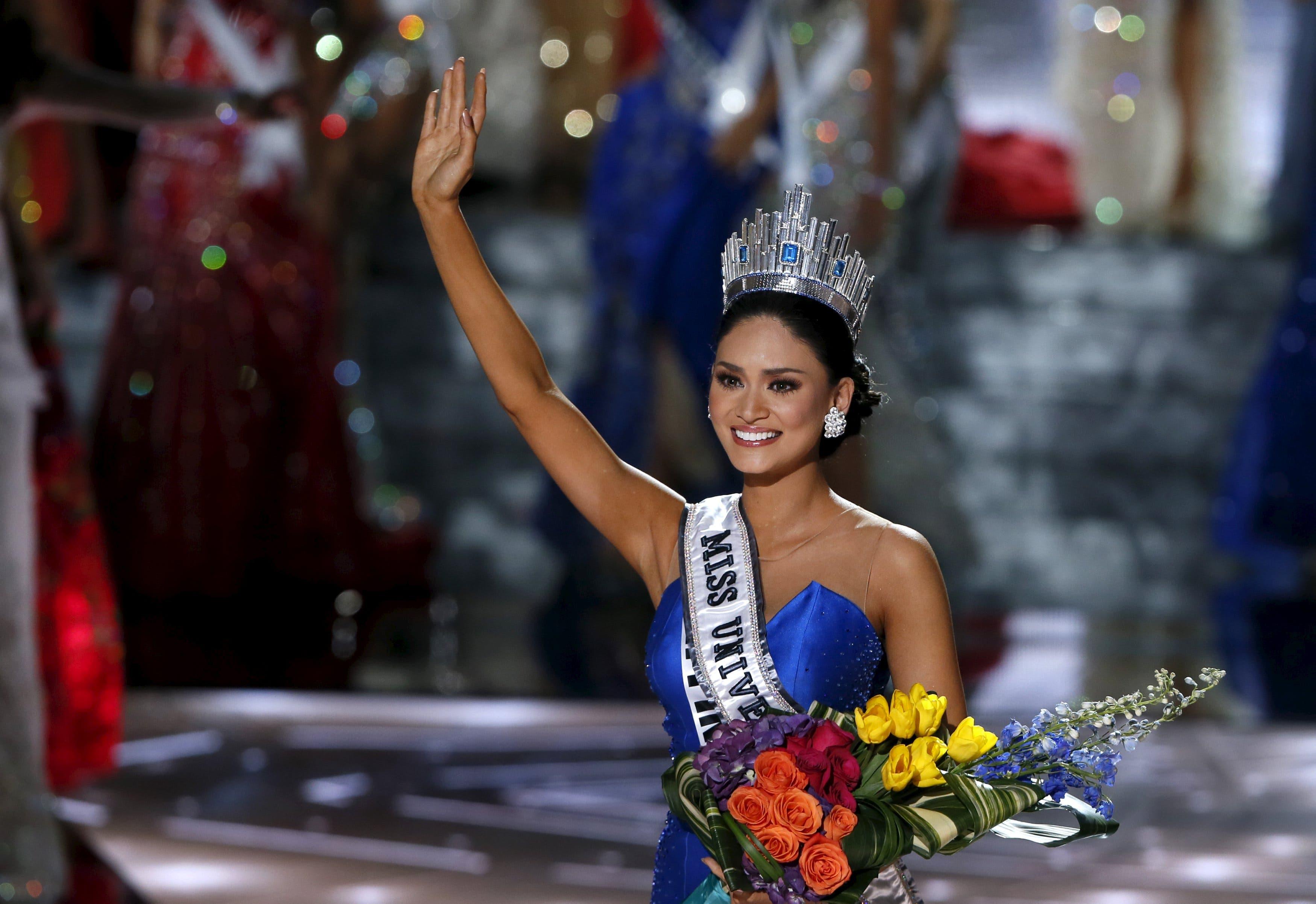 ملكة جمال الفلبين بعد تتويجها باللقب