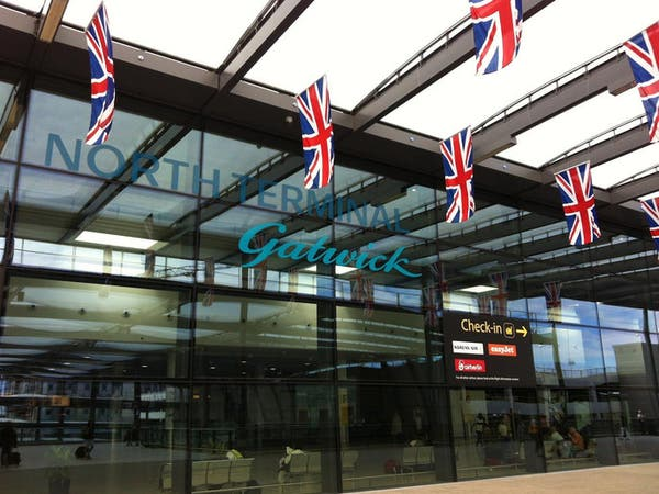 مطارات بريطانيا تدق ناقوس الخطر: 20 ألف وظيفة مهددة