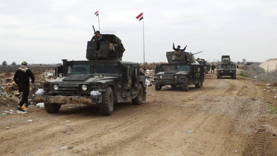 عناصر من قوات الأمن العراقية تتقدم صوب الرمادي 3