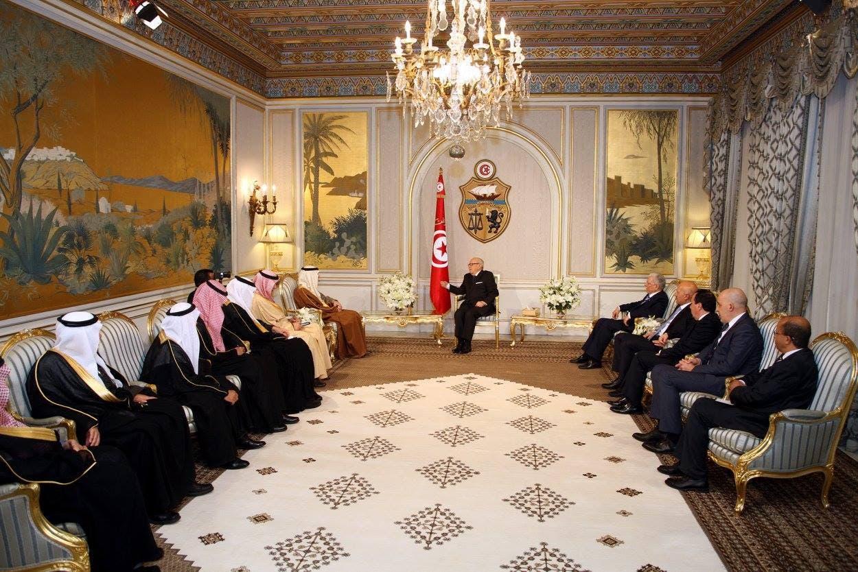 استقبال الرئيس التونسي لعادل الجبير والوفد المرافق له