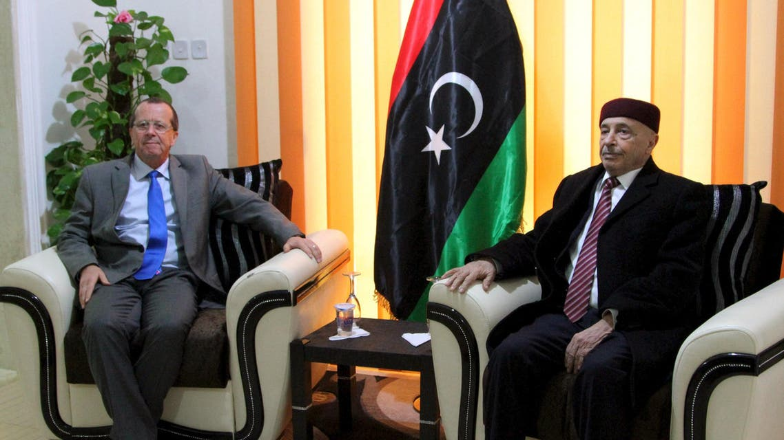 United Nations Special Representative and Head of the U.N. Support Mission in Libya Martin Kobler meets with House of Representatives President Aguila Saleh (R) in Shahhat, Libya December 31, 2015. Reuters