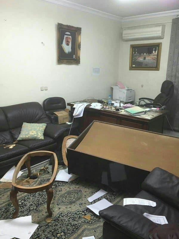 عبث بمحتويات السفارة السعودية في طهران